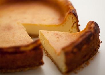 水切りヨーグルトでヘルシー!ベイクドチーズケーキ