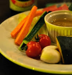 野菜が止まらなくなる!絶品バーニャカウダ